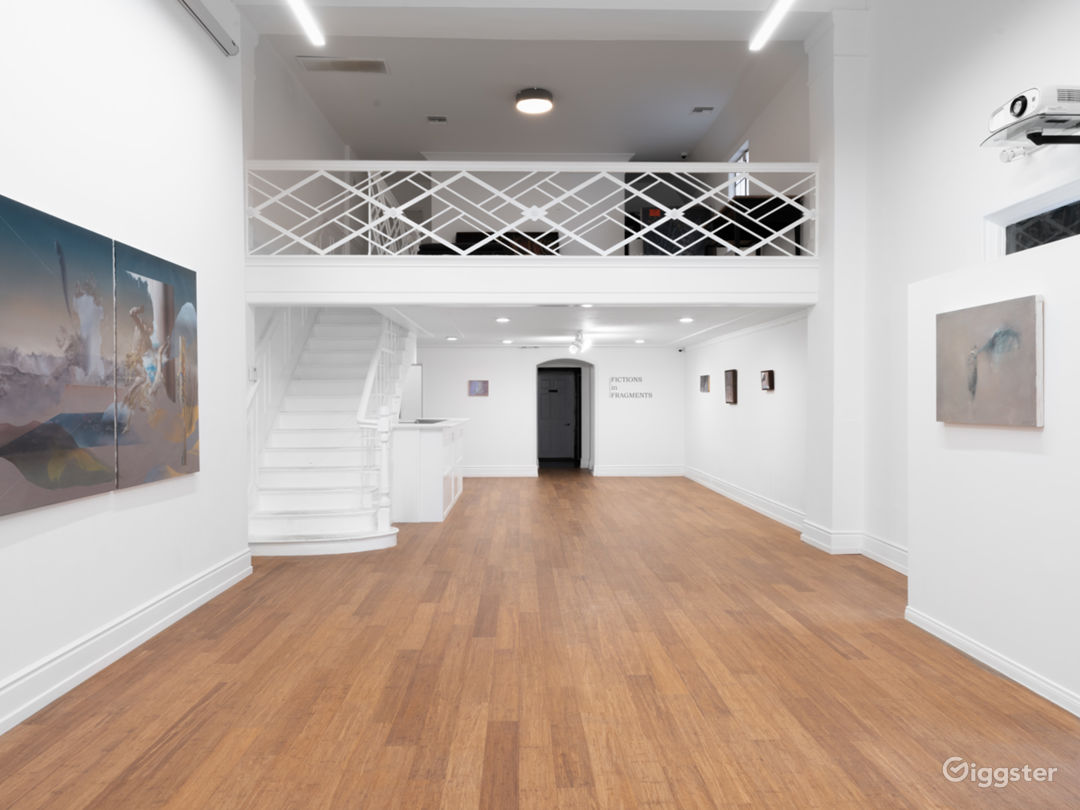 Contemporary Art Gallery - Beverly Hills Photo 1