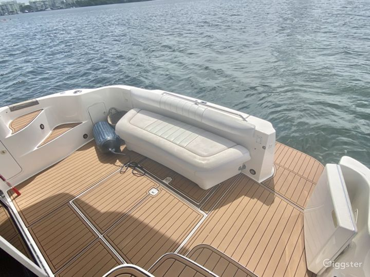 50' Yacht for Charter or Photo/Video shoots Photo 4