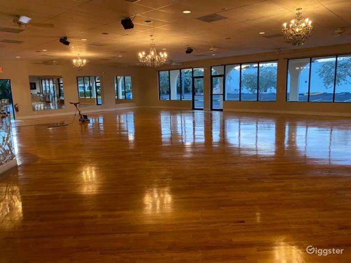 Huge Elegant Ballroom in Delray Beach Photo 2