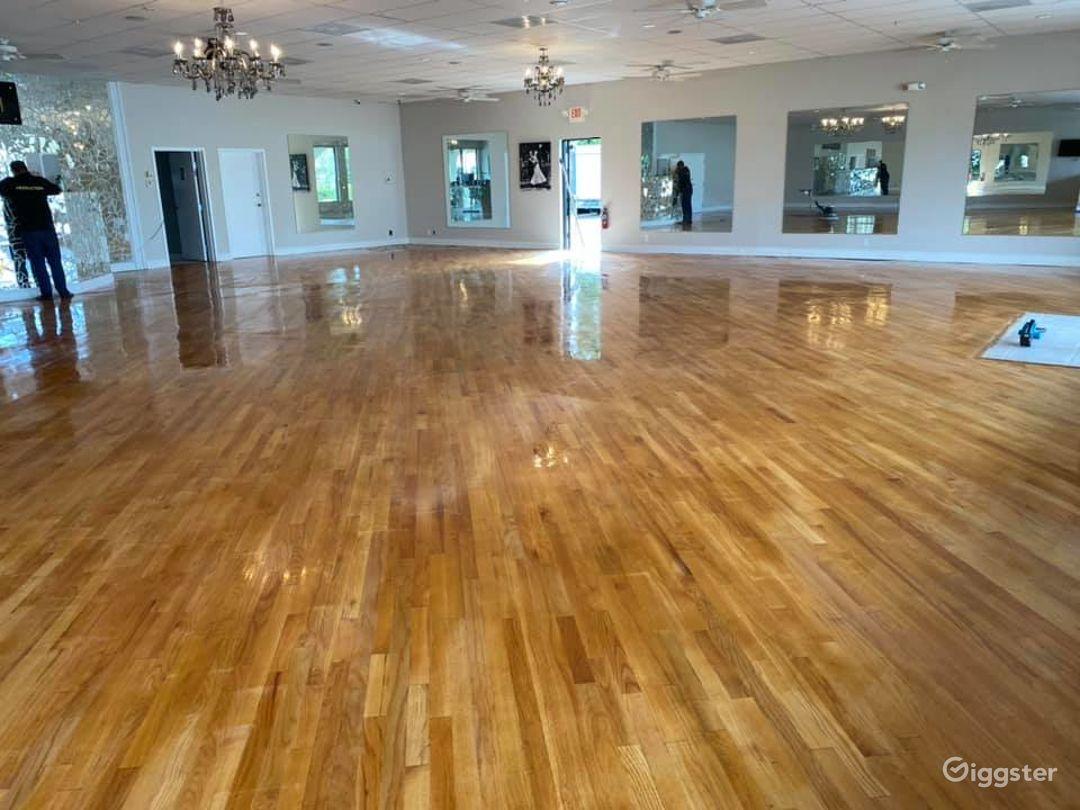 Huge Elegant Ballroom in Delray Beach Photo 1