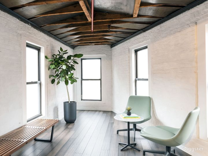 Sunlit Penthouse in Heart of Meatpacking  Photo 5
