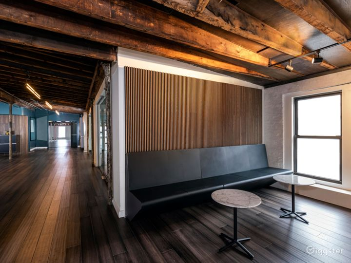 Sunlit Penthouse in Heart of Meatpacking  Photo 2