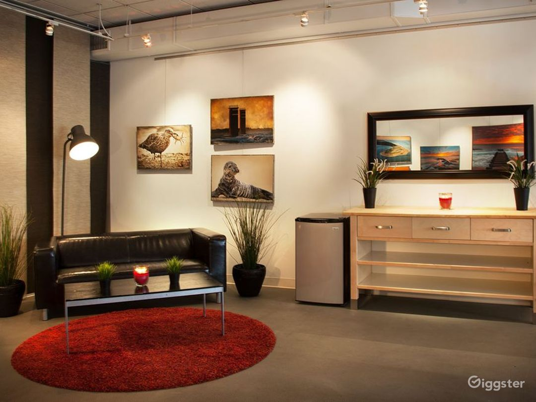 Perfect for Meetings & Party Studio in Wilmington Photo 1