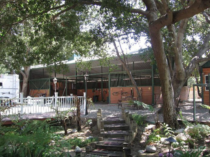 An Elegant Gentleman's Ranch with Cowboy Bar Photo 2