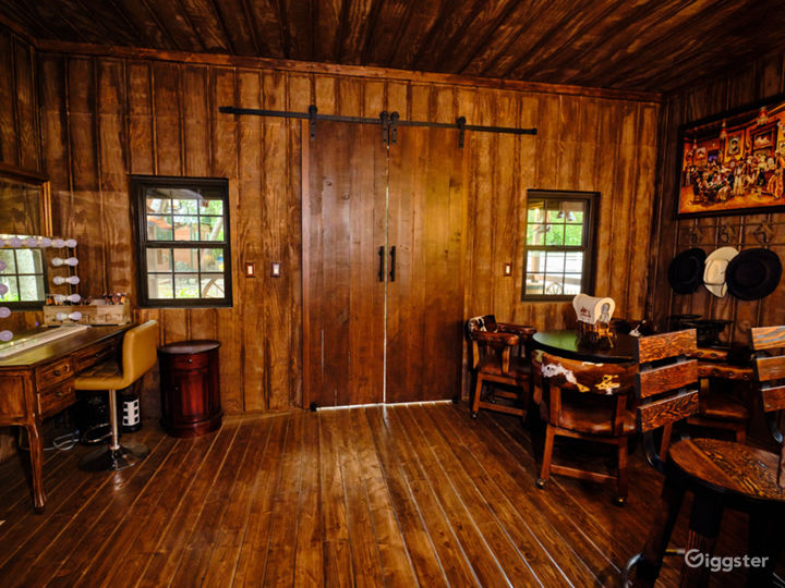An Elegant Gentleman's Ranch with Cowboy Bar Photo 5