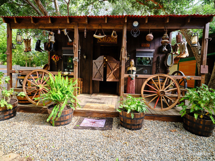 An Elegant Gentleman's Ranch with Cowboy Bar Photo 3