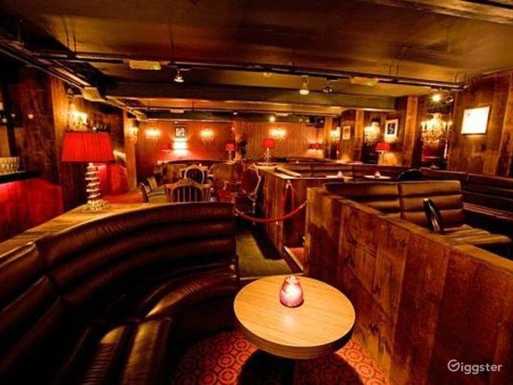 Classy Club in London Photo 2