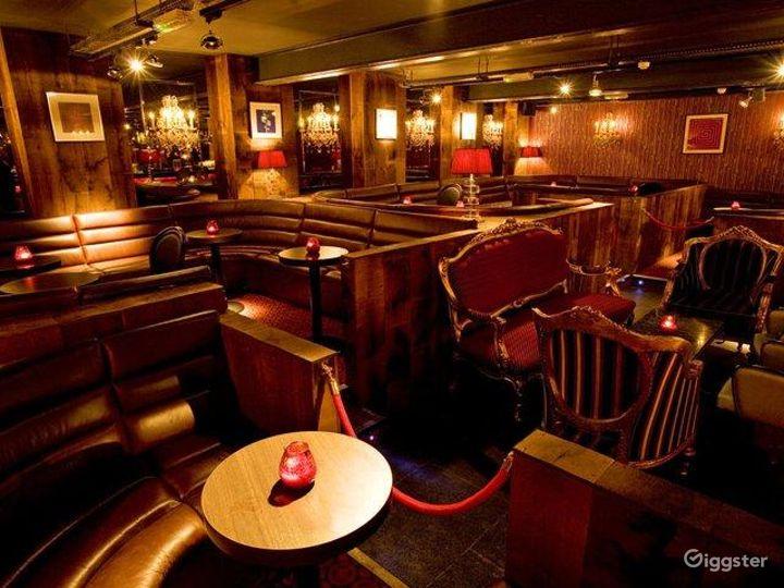Classy Club in London Photo 3
