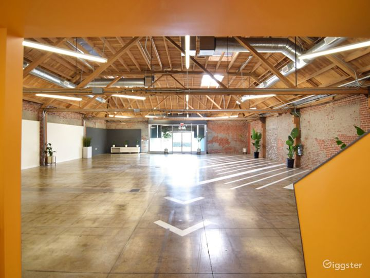 Huge Warehouse Film Location & Event Space Photo 2