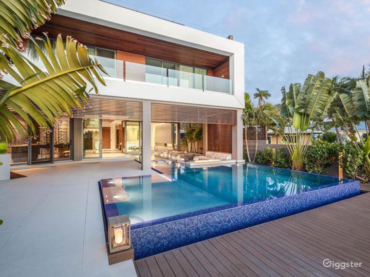 Luxury Modern Tropical Beach house South Florida Photo 2