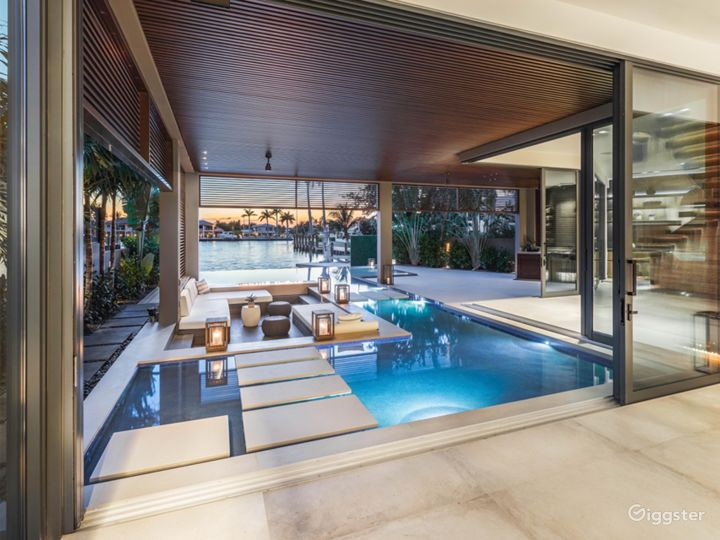 Luxury Modern Tropical Beach house South Florida Photo 3