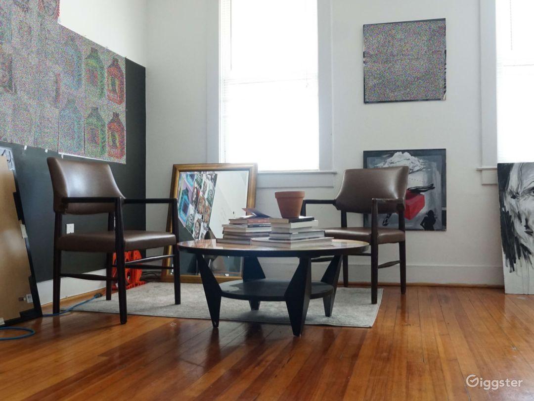 Cozy Photography Art Studio Photo 5