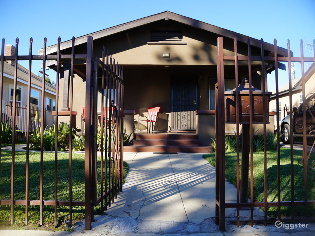South LA Very Nice Craftsman House Photo 4