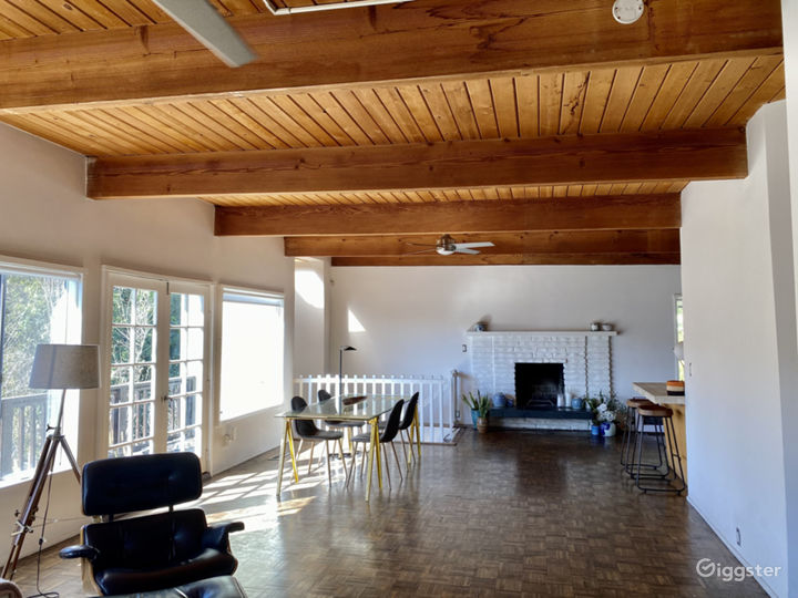 Beachwood Canyon MidCentury Modern House with Pool Photo 3