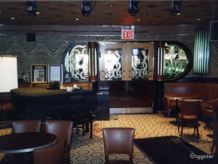 Music venue, club and bar: Location 3012 Photo 2