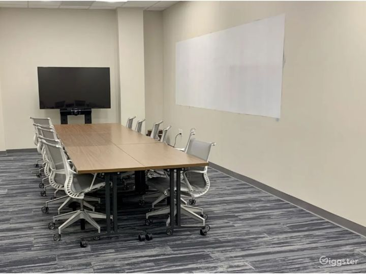 The Townhall Meeting Room Photo 2