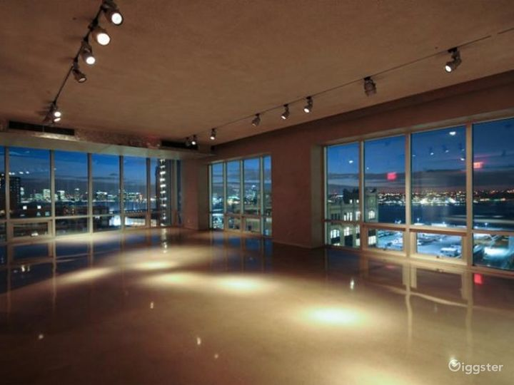 Large, light and airy event space: Location 4220 Photo 4