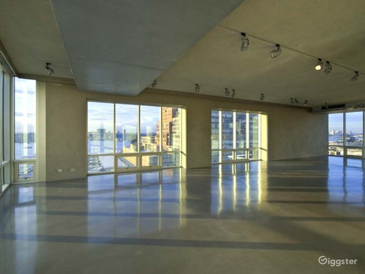Large, light and airy event space: Location 4220 Photo 5