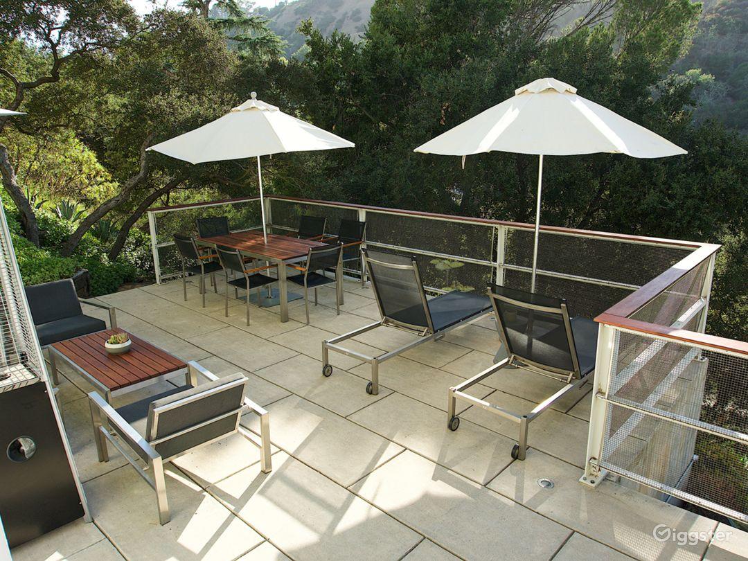Modern Zen Garden Oasis in Laurel Canyon Photo 4