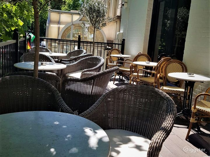 Balcony Terrace for Event in London Photo 2