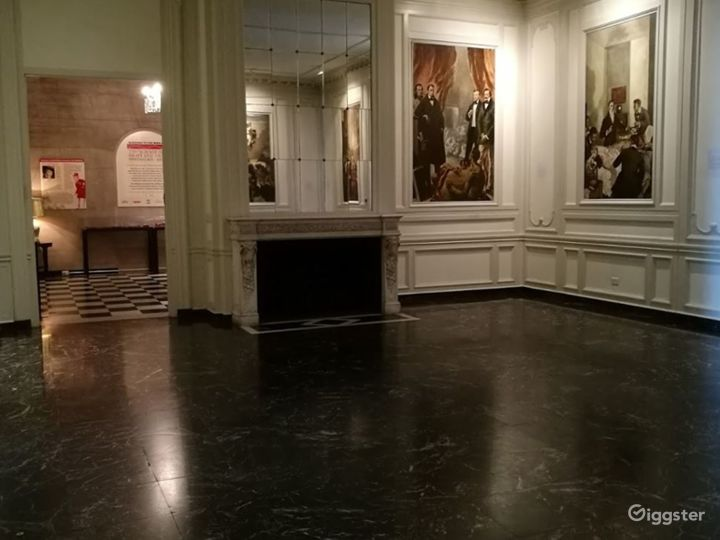 Hall of Murals Photo 3