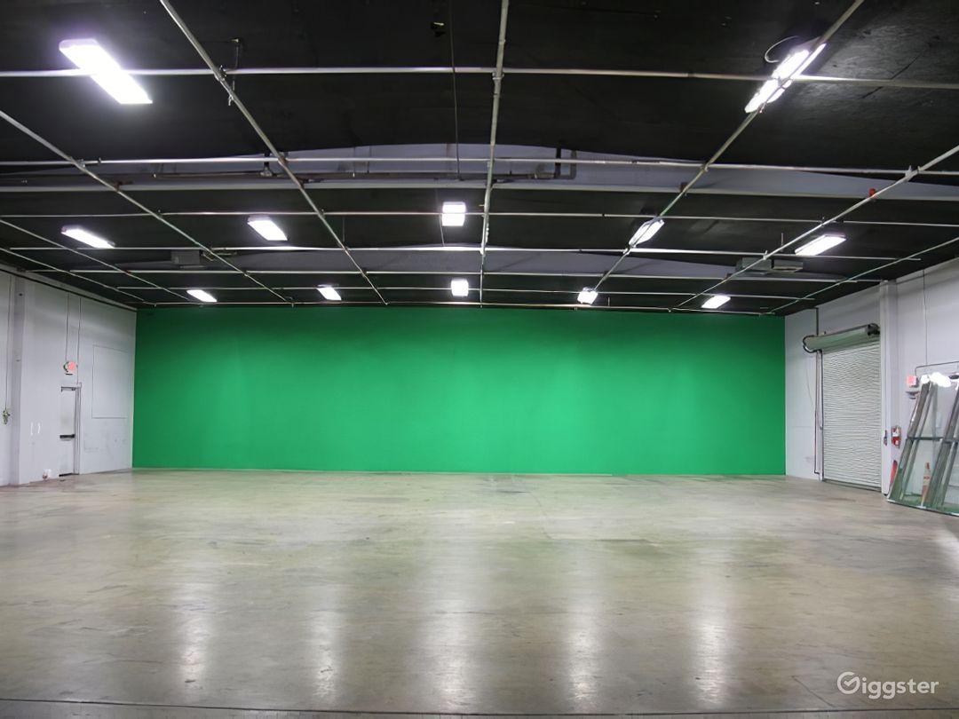 N. Hollywood Green Screen 7K sqft - Power & AC Inc Photo 1