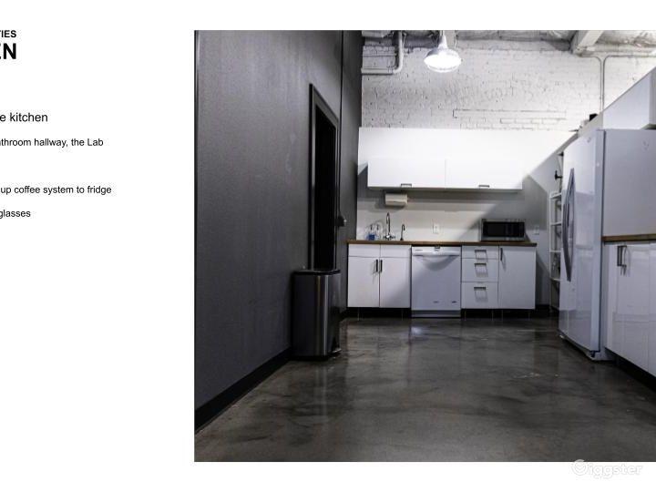 Petri Work Space Photo 4