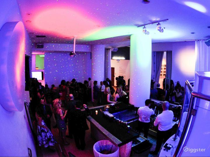 Vibrant Video Bar in Miami Beach Photo 2