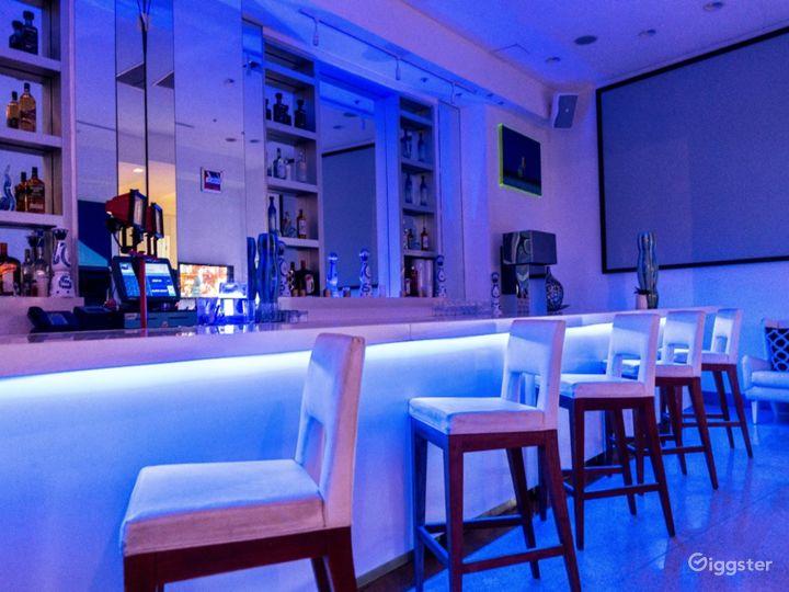 Vibrant Video Bar in Miami Beach Photo 4