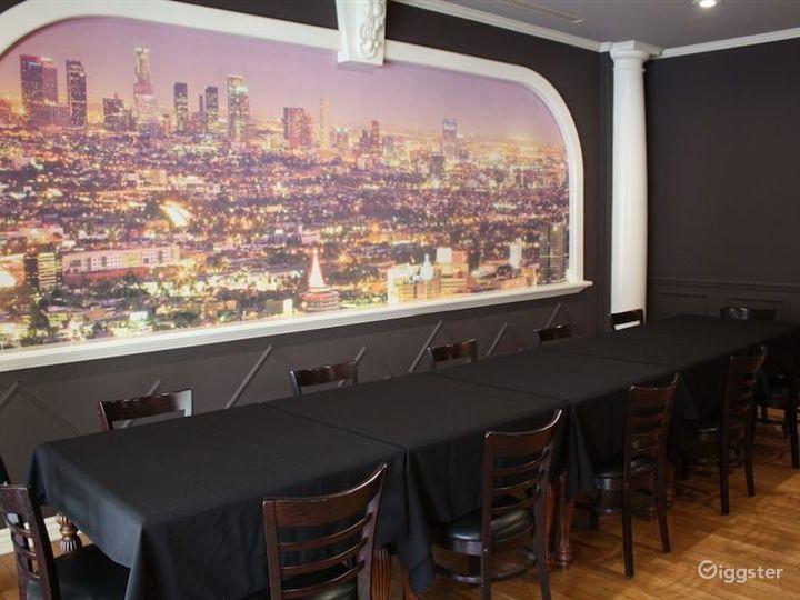 Cozy Bar & Cafe in LA Photo 3