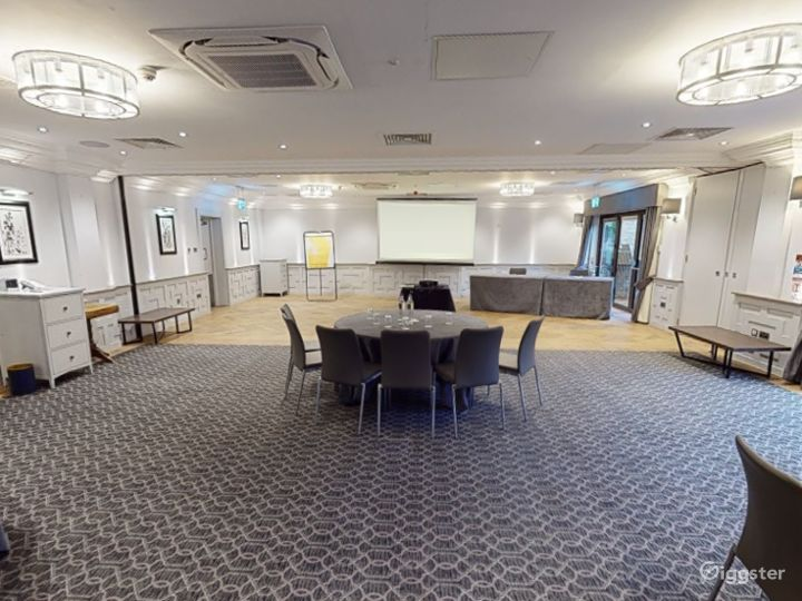 Combined Meeting Room for up to 150 people in Oxford Photo 3