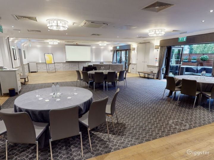 Combined Meeting Room for up to 150 people in Oxford Photo 2