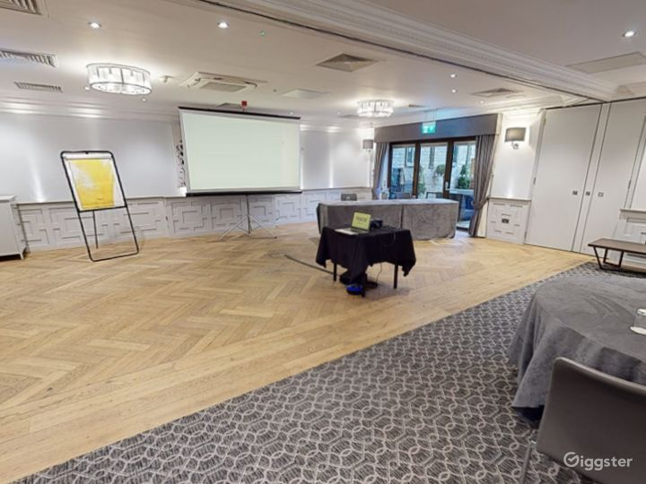 Combined Meeting Room for up to 150 people in Oxford Photo 5