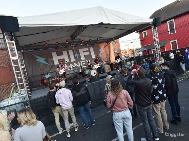 Performance Sessions at the Alley Square - Outdoor Venue Photo 5