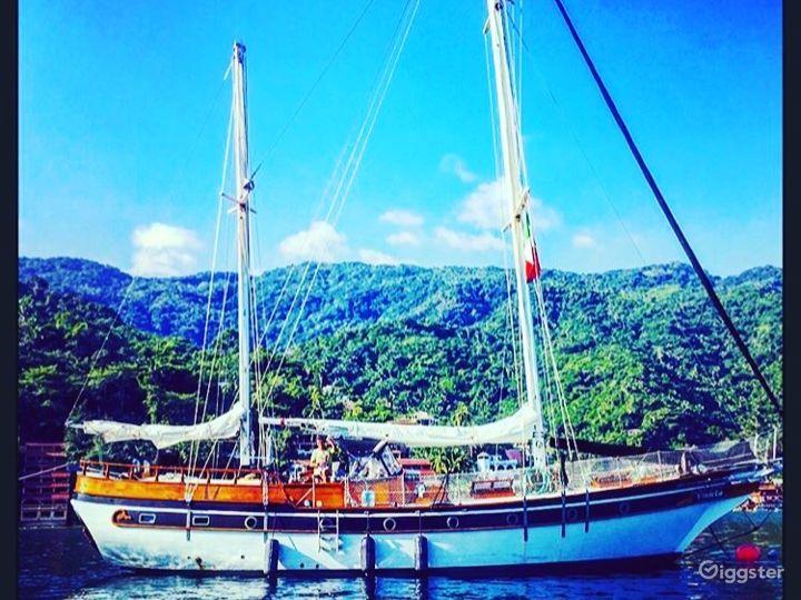 Gorgeous, classic vintage style sailboat, Marina Photo 2