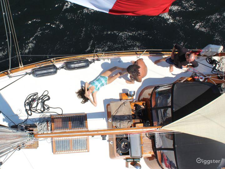 Gorgeous, classic vintage style sailboat, Marina Photo 3