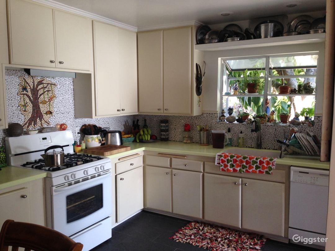 Kitchen partial view