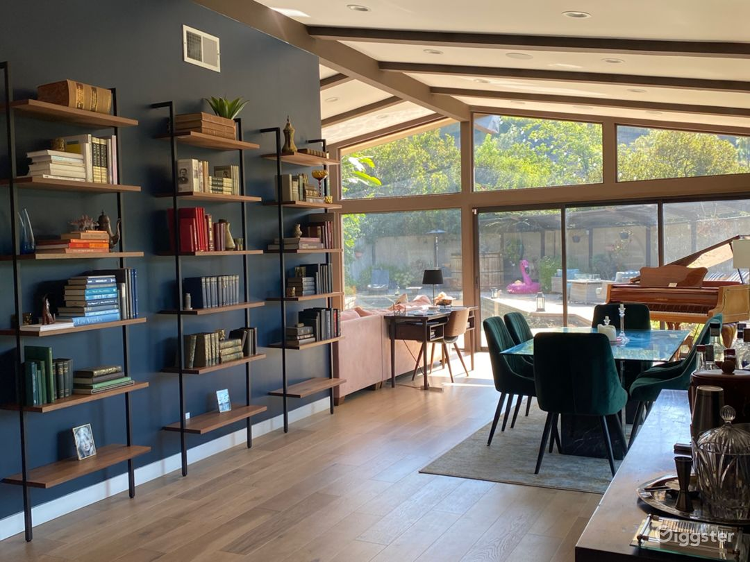 Mid-Century Modern Home in Laurel Canyon  Photo 1
