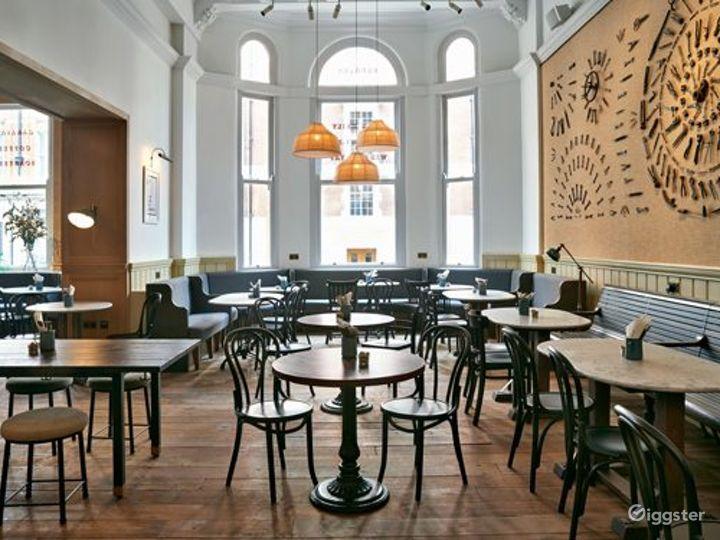 Victorian Coffeehouse in Bloomsbury, London Photo 4