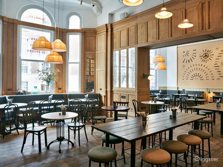 Victorian Coffeehouse in Bloomsbury, London Photo 5