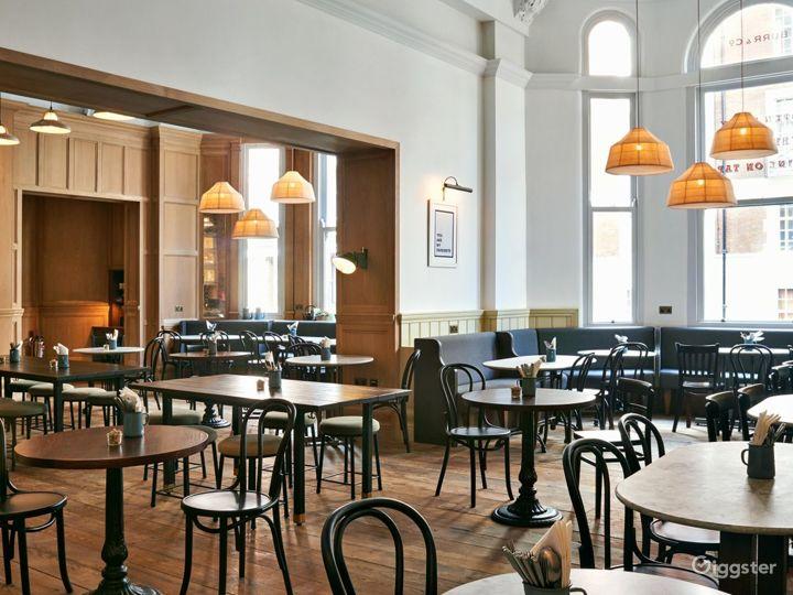 Victorian Coffeehouse in Bloomsbury, London Photo 3