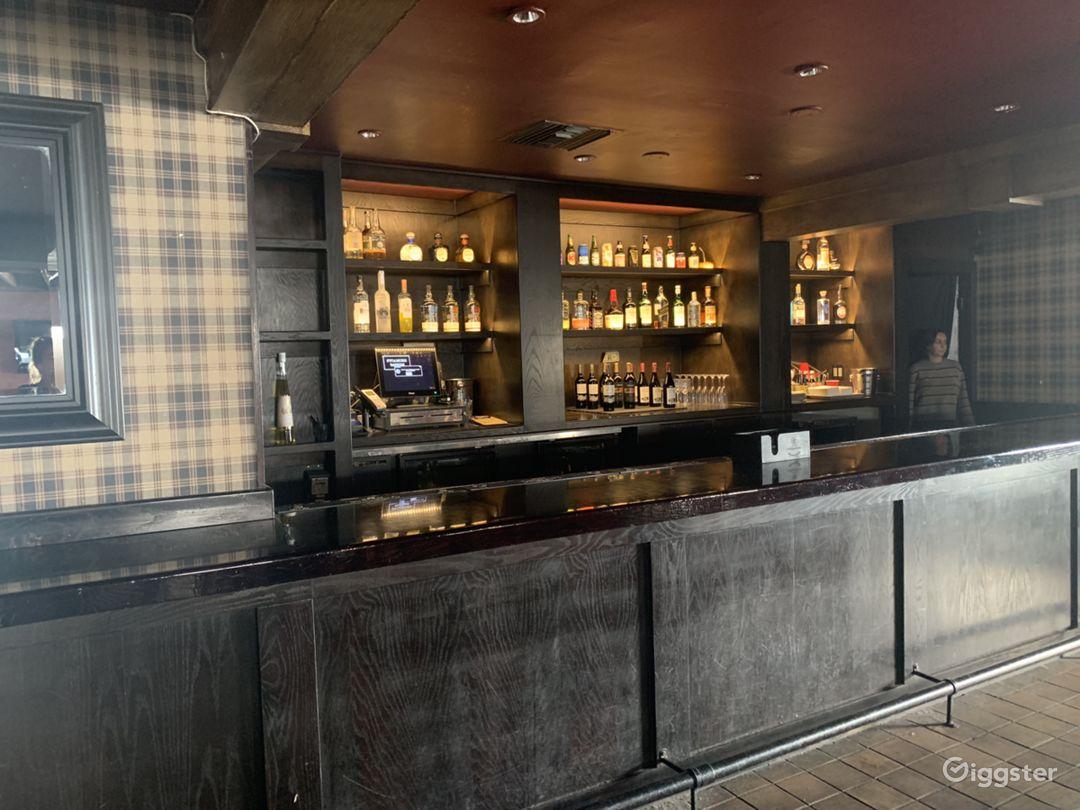 200 seater Modern Bar Restaurant / West Hollywood  Photo 4