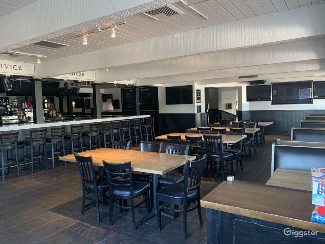 200 seater Modern Bar Restaurant / West Hollywood  Photo 2