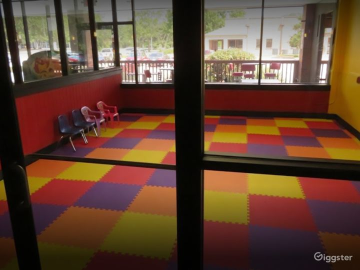 Warm and Cozy Play Area for Children's Parties Photo 3