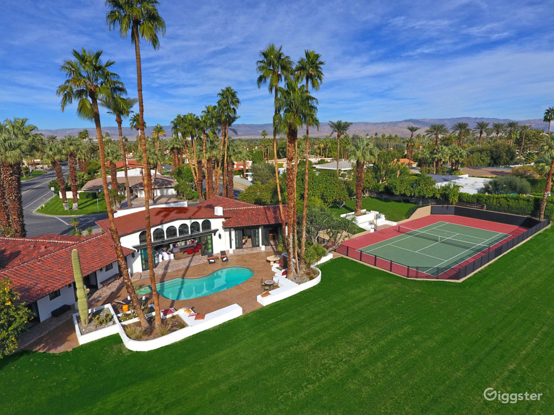 Estate property in Indian Wells, California Photo 1