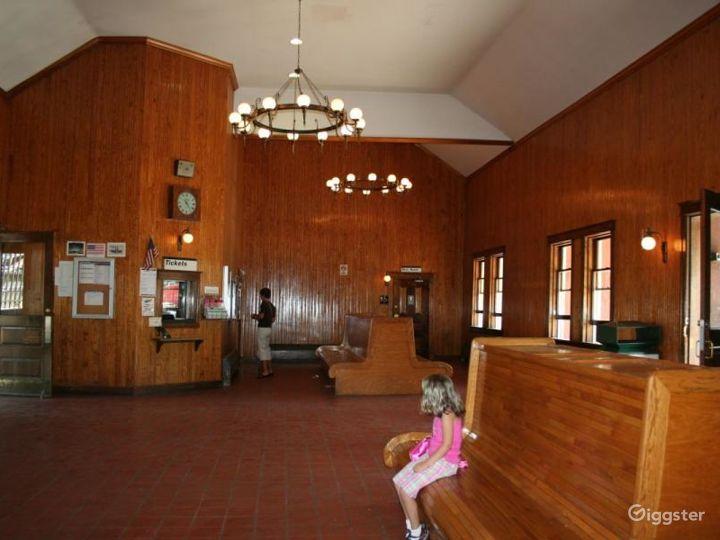 Train station: Location 4251 Photo 5