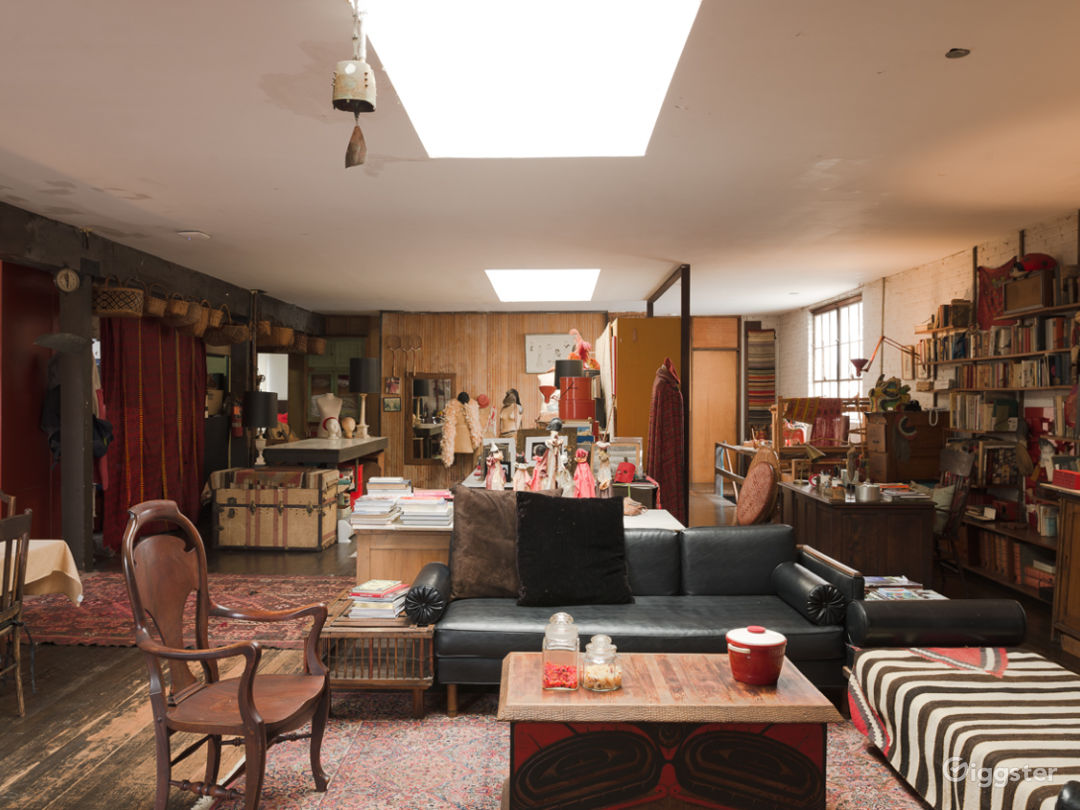 Spacious Hollywood Spanish Loft Studio w/ Charm Photo 3