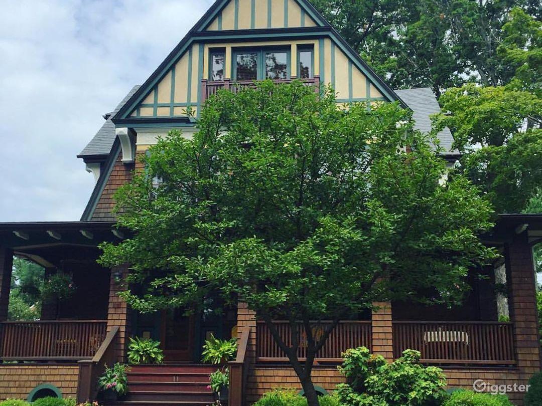 Gorgeous Craftsman Home Along Hudson River Photo 3