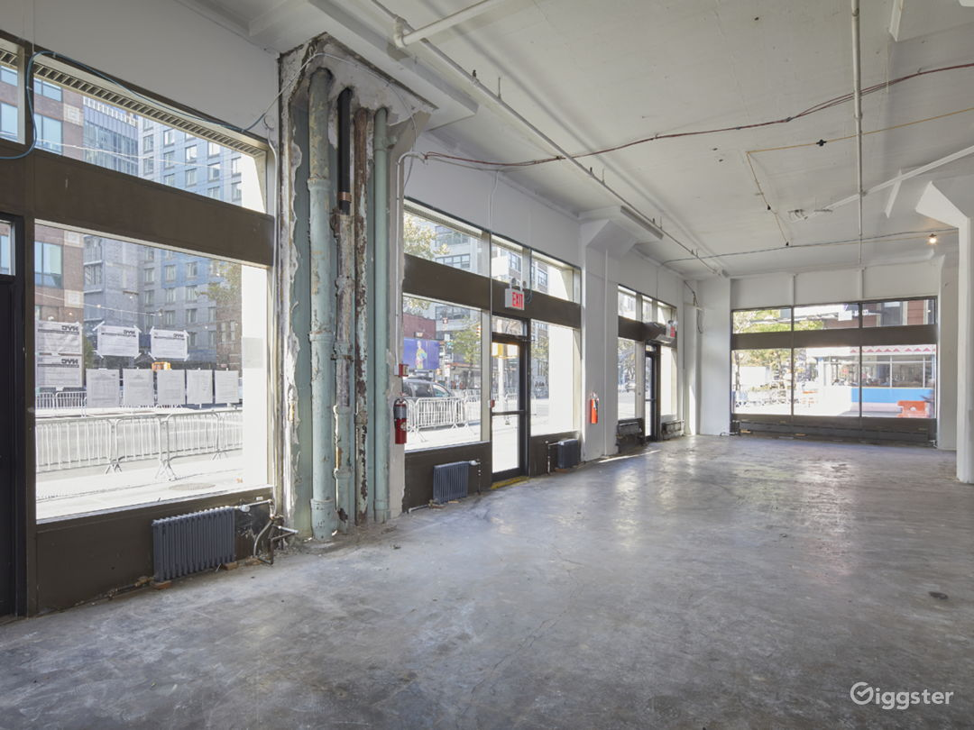 Spacious Industrial Pop Up Space Photo 3