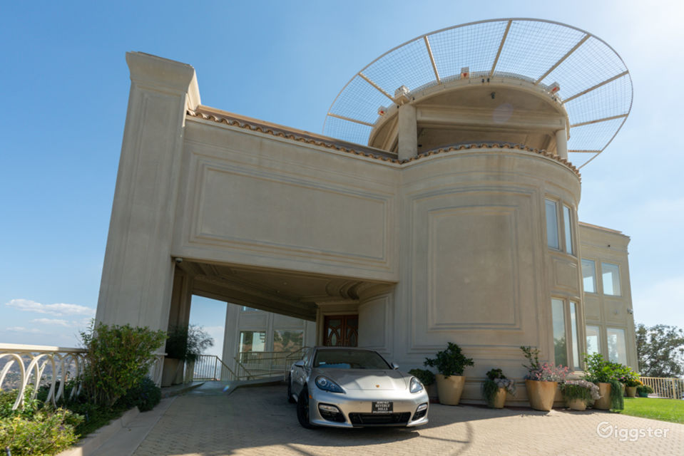 Modern Hi-Tech Mansion Home in West Hollywood Los Angeles Rental